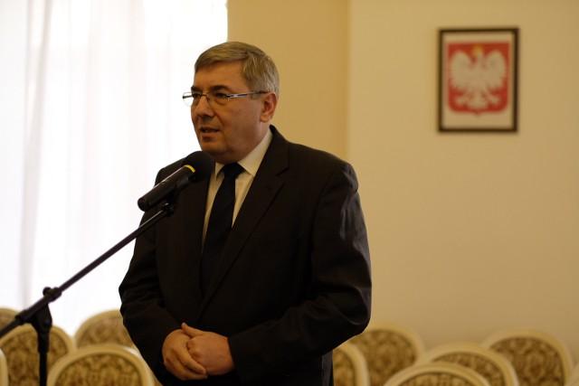 - Nagrody przyznawane są raz w roku, a wręczane podczas uroczystej sesji – przypomina Grzegorz Ganowicz, przewodniczący Rady Miasta.