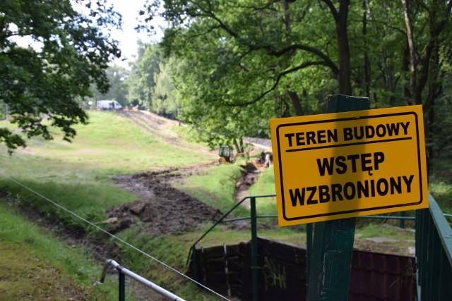 Tor saneczkowy w Parku Kościuszki w Katowicach jest w remoncie.Zobacz kolejne zdjęcia. Przesuwaj zdjęcia w prawo - naciśnij strzałkę lub przycisk NASTĘPNE