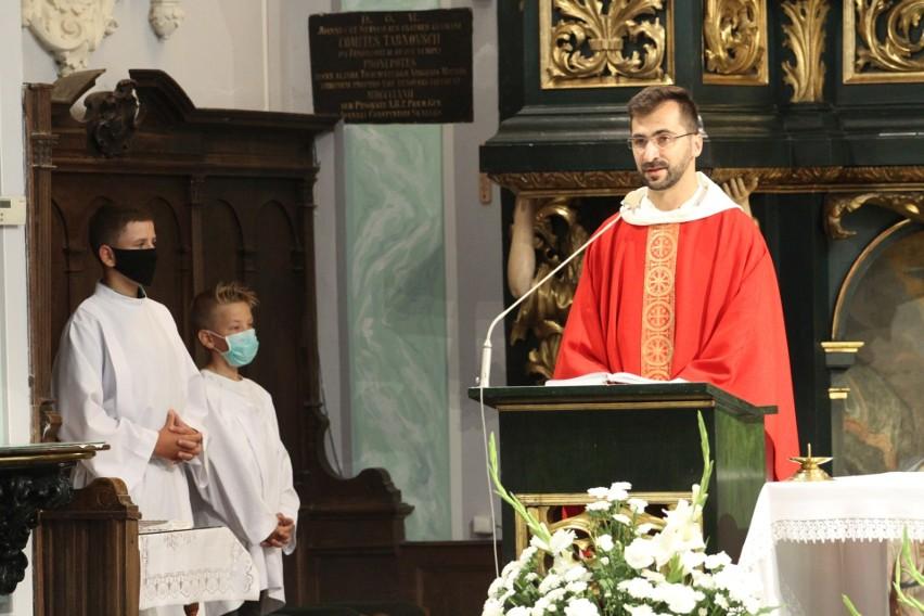 Tarnobrzeg. 20 dzieci u Dominikanów przyjęło I Komunię Świętą (ZDJĘCIA)