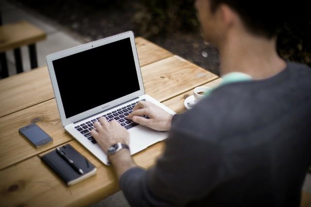 Szkolenia komputerowe skierowane są do mieszkańców województwa kujawsko-pomorskiego, w wieku 25-67 lat