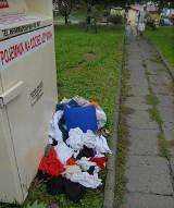 Kontenery na ubrania, które stoją w Rzeszowie nie należą do PCK