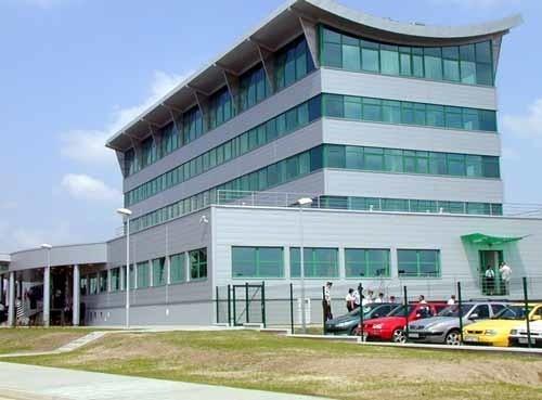 Modernizacja i wyposażenie nowej siedziby przemyskich celników kosztowała 12 mln złotych. To niewiele, jeżeli wziąć pod uwagę, że w ub. roku zarobili dla skarbu państwa 1,1 mld złotych.