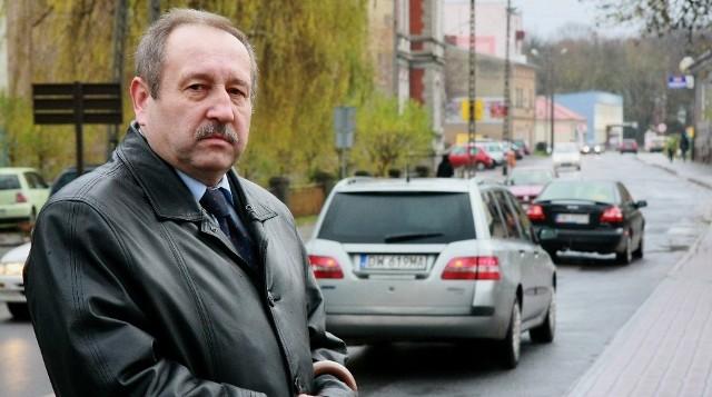 - Konstytucji 3 Maja to jedna z najbardziej zatłoczonych ulic. Jej remont rozpocznie się wiosną przyszłego roku - zapowiada Tadeusz Jankowski, sekretarz Urzędu Miejskiego.
