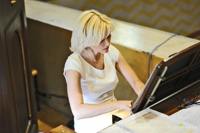 Ewa Polska swoje umiejętności doskonaliła podczas kursów i warsztatów interpretacji muzyki organowej prowadzonych m.in. przez J. Regnere'a, J. Gembalskiego, T. Stangiera, L. Lohmanna i wielu innych.
