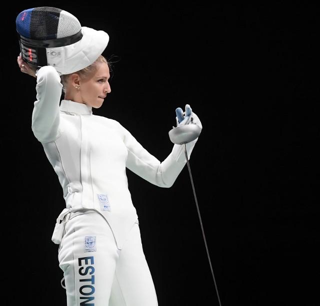 Miała duży wkład w pokonanie polskiej drużyny szpadzistek podczas turnieju olimpijskiego w Tokio, potem wraz z koleżankami zdobyła olimpijskie złoto, a wcześniej indywidualnie brąz. Poznajcie Katrinę Lehis, urodziwą szpadzistkę z Estonii.Zobacz kolejne zdjęcia. Przesuwaj zdjęcia w prawo - naciśnij strzałkę lub przycisk NASTĘPNE