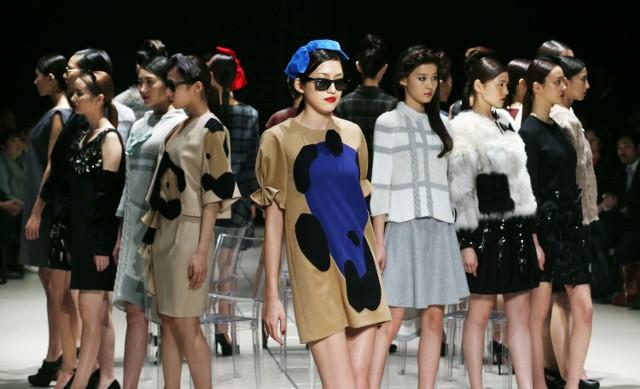 Co przyciąga kobiety do zakupów?Żadna kobieta nie oprze sie najnowszym trendom w modzie