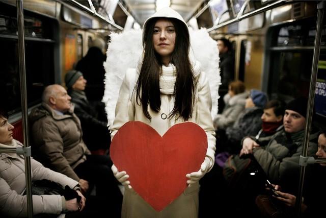 W całej Polsce aż 7 730 kobiet nosi imię Walentyna. Według Ministerstwa Spraw Wewnętrznych, w kraju mamy 4 661 mężczyzn o imieniu Walenty.