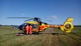 Żółtki - Złotoria. Awaryjne lądowanie paralotniarza w pobliżu rzeki Narew. Mężczyzna zabrany do szpitala [ZDJĘCIA]