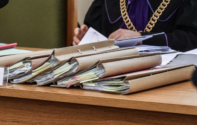 W poniedziałek (28.06) przed bydgoskim sądem odtwarzano kolejne zeznania poszkodowanych przez bydgoskiego księdza Rafała K. chłopców.