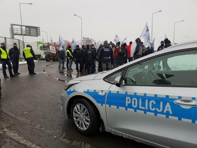 Rolnicy zablokowali rondo w Sosnowcu pod Strykowem