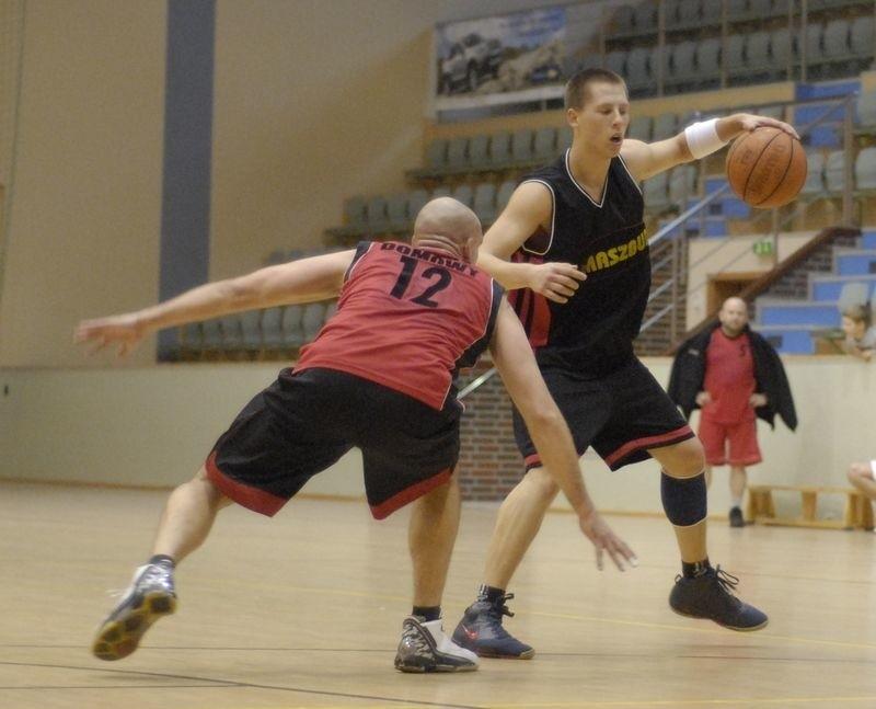 Koszykarze amatorzy zagrają w Jezierzycach.