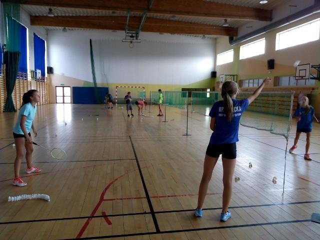 """Przygotowania badmintonistów """"Dwójki"""" do drugiej części sezonu."""