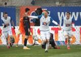 Lech Poznań pokonuje Pogonią Szczecin 1:0. Trzecia z rzędu wygrana Kolejorza w ekstraklasie i to na trudnym terenie! Gol Bartosza Salamona