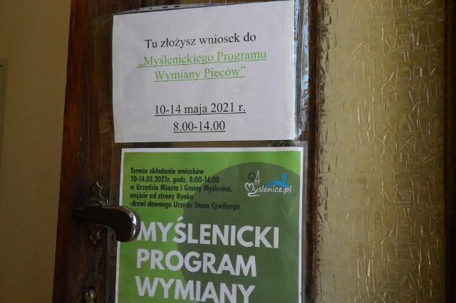 Wnioski do Myślenickiego Programu Wymiany Pieców przyjmowane są w Urzędzie Miasta i Gminy (wejście od rynku jak do Urzędu Stanu Cywilnego) do piątku 14 maja włącznie