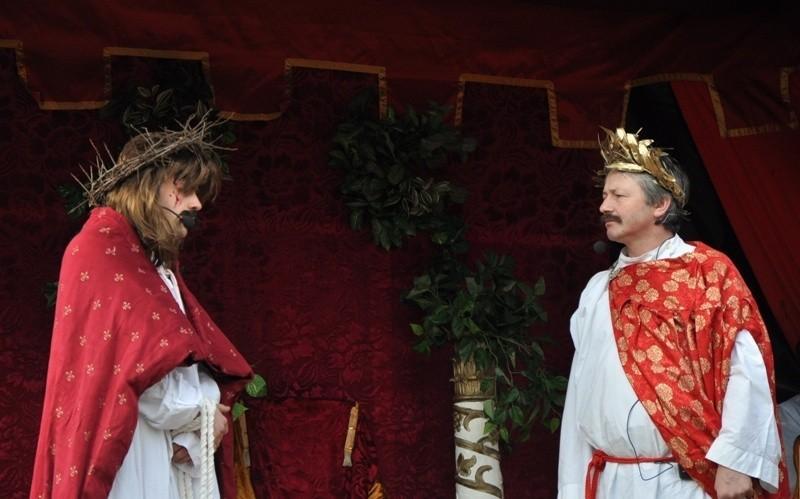Misterium w Kalwarii Paclawskiej. Wraz z Jezusem droge na...