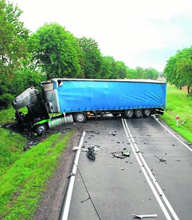 W tym wypadku zginął 37-letni kierowca z Wrocławia