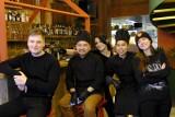 W Toruniu otwierają się kolejne restauracje. Tu zjesz przy stole!