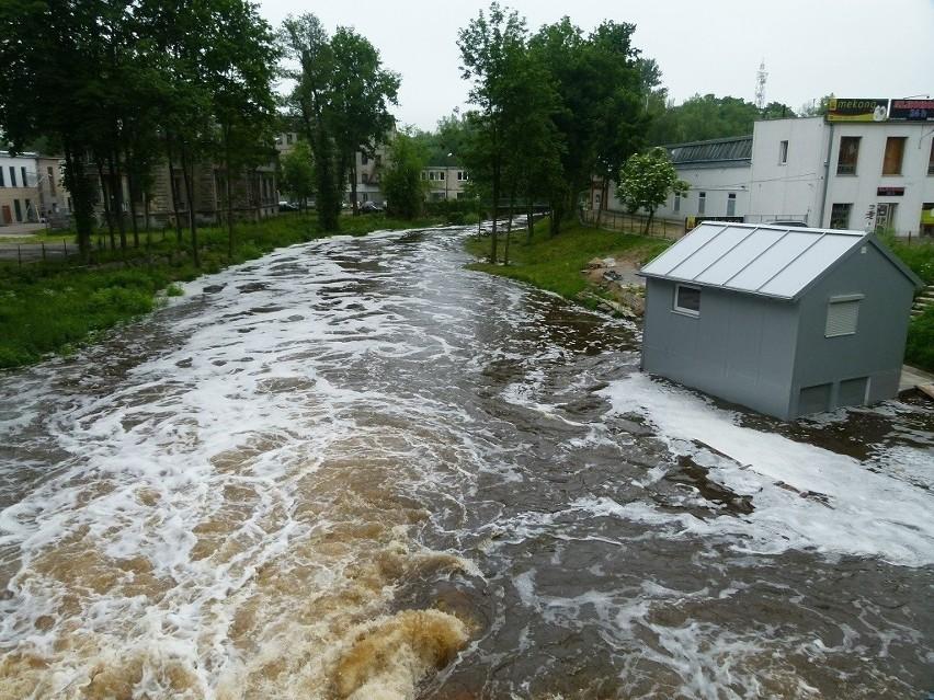 50-latek utopił się w rzece Wolbórce w Tomaszowie Mazowieckim.