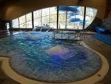Nowe baseny w Katowicach. Takie są w środku. A otwarcie?