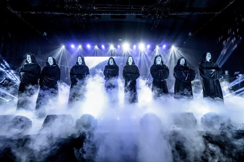 Koncert zespołu Gregorian miał odbyć się we wtorek 27...