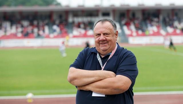 Jan Bieńkowski przechodzi do piłki kobiecej