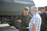 Żołnierze Wojsk Obrony Terytorialnej spotkali się z pracownikami kieleckiej firmy Formaster Group. Zachęcali do służby w wojsku