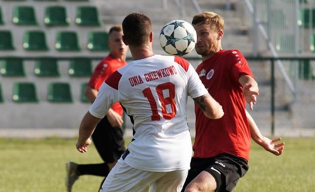 Chemik Bydgoszcz pokonał Unię Gniewkowo (2:0) i zdobył Puchar Polski na szczeblu Kujawsko-Pomorskiego Związku Piłki Nożnej oraz nagrodę - 40 tys. złotych.Mecz odbył się w Gniewkowie. Z większymi szansami na zdobycie trofeum byli gospodarze. Satysfakcjonowała ich remis 0:0, a nawet przegrana 0:1. Tymczasem w ostatnich minutach spotkania to drużyna Chemika wykazała się większą determinacją i kondycją strzelając dwa gole. Jeden z nich padł w doliczonym czasie.