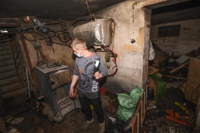 Kilka dni temu w piwnicy domu w Grębocinie eksplodował piec c.o.