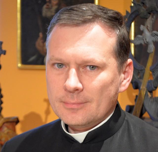 Ks. Marek Wojnarowski jest dyrektorem Muzeum Archidiecezjalnego w Przemyślu