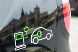 Większość Polaków chciałaby mieć samochód elektryczny. Gdyby kosztował tyle co zwykły, byłby przedmiotem pierwszego wyboru: 19.06.2021