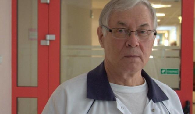 Profesor Włodzimierz Jarmundowicz jest wybitnym neurochirurgiem