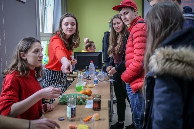 Dzień otwarty w IX LO w Gdańsku przy ul. Wilka-Krzyżanowskiego 8 [15.03.2019]