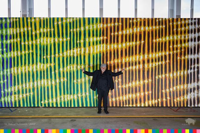 Leon Tarasewicz odsłonił swoje najnowsze dzieło. Abstrakcyjny obraz pojedzie do Dubaju na Expo 2020, gdzie pojawi się na prezentacji województwa podlaskiego.
