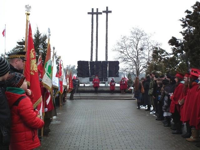 W uroczystościach wzięło udział kilkaset osób.