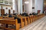 """Konferencja Episkopatu Polski apeluje o przestrzeganie obostrzeń. """"Nikt nie chciałby zamknięcia czy ograniczonego dostepu do kosciołów"""""""