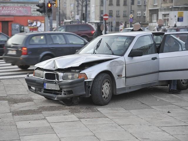 Łódź: kolizja na skrzyżowaniu Limanowskiego i Zachodniej