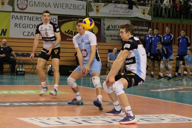 Artur Szalpuk (z prawej) odejdzie z Cerradu Czarnych Radom. Wojciech Żaliński (z lewej) jest bliski podpisania nowego kontraktu.