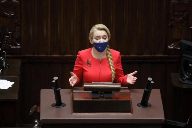 Marta Wcisło wypowiada się na temat afery szczepionkowej.