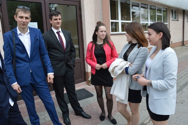 Matura w Liceum Samorządowym w Stalowej Woli , jednym z najlepszych szkół w regionie, z dużą zdawalanością matur