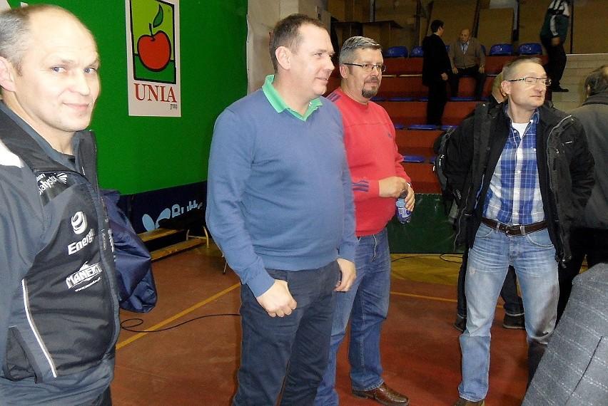 Krzysztof Piotrowski (drugi od lewej) - prezes...