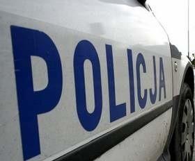 Policjanci poszukują sprawcy włamania