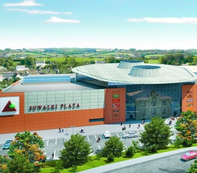 Suwalskie centrum handlowo-usługowe, to 2-piętrowy obiekt o powierzchni ok. 21 tys. mkw. Znajdzie się tam m.in. market, wieloekranowe kino oraz centrum rozrywki z kręgielnią.