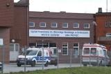 """Władze szpitala w Krotoszynie chcą zgłosić do prokuratury rodzinę pacjenta zmarłego z powodu koronawirusa. """"Narażono personel medyczny"""""""