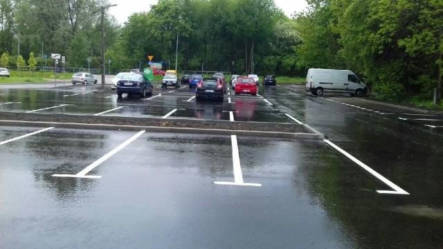 Nowy darmowy parking przy ul. Reduta pomieści nawet 74 samochody