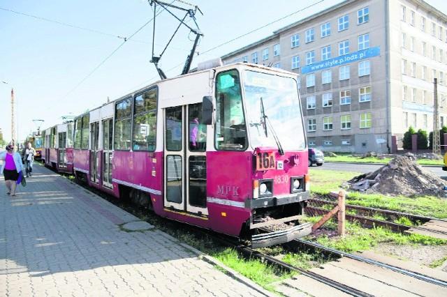 Najstarsze wagony rodzimej produkcji kursujące po Łodzi pochodzą z końca lat 70.