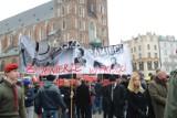 """""""Cześć i chwała bohaterom"""". Kraków uczcił pamięć Żołnierzy Wyklętych [ZDJĘCIA]"""
