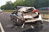 Wypadek w Sosnowcu na S1: Rozpędzony TIR zmiótł radiowóz. Policjanci byli w środku. Są ranni
