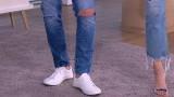 Dżinsy z dziurami - jak i z czym je nosić?