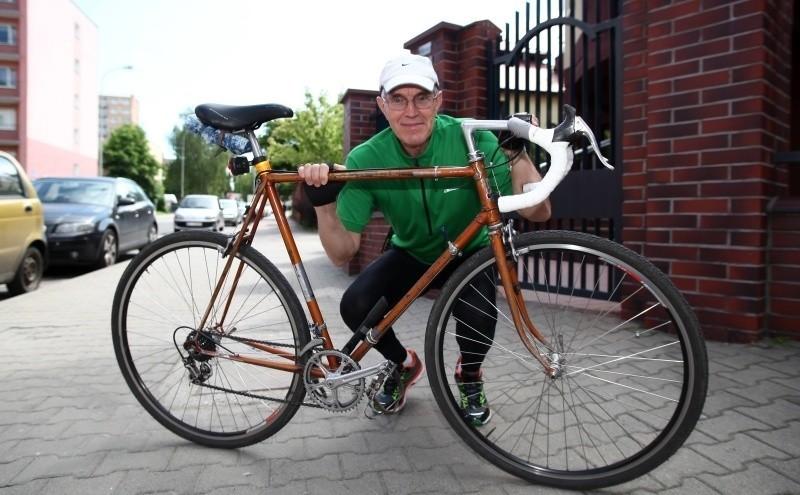 Włodzimierz Kaczorowski w tygodniu przejeżdża ponad 200 km...