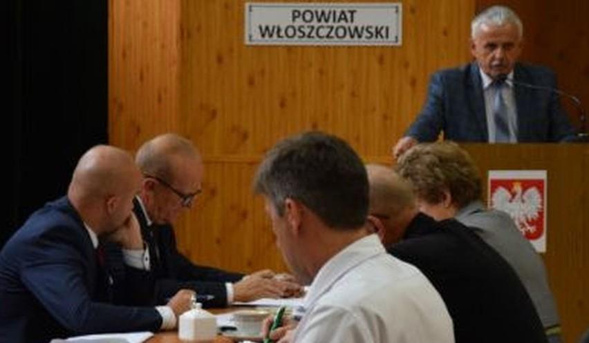 Radny powiatu włoszczowskiego Zbigniew Matyśkiewicz skrytykował na ostatniej sesji władze wojewódzkie za wydatkowanie funduszy unijnych.